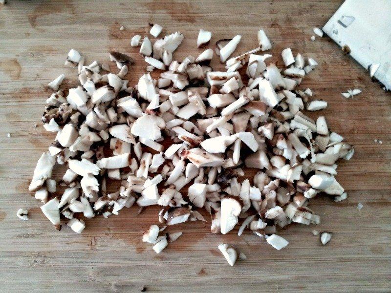 minced mushrooms