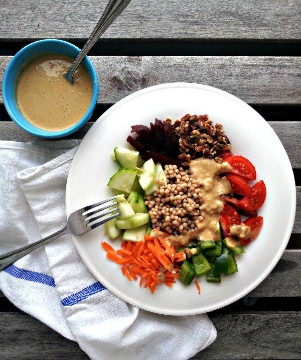 Garden Salad & Peanut Sauce