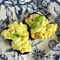 greek-yogurt-egg-salad-2